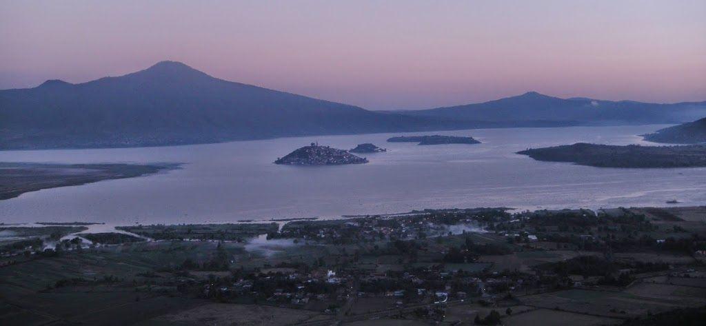 vista de lago de patzcuaro, isla de janitzio