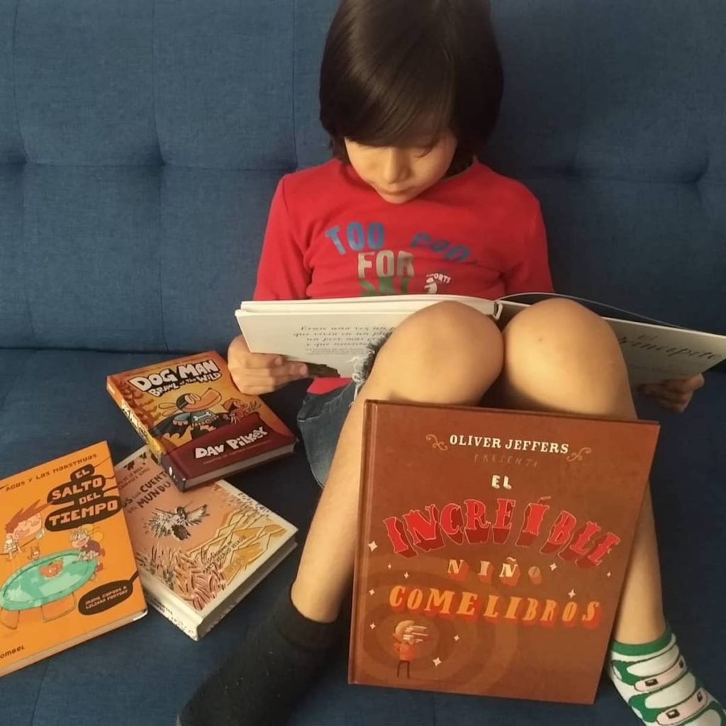 El increíble niño come libros 1